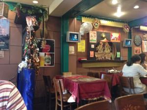 インド料理「Hiara」店内(1)